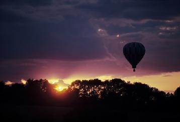 【REPH18】<(サザンブリーズカンボジア)>気球からアンコールワット鑑賞