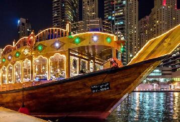 【ディナークルーズ】マリーナエリア/5つ星ダウ船利用☆煌びやかな極上の夜景が楽しめます!<ビュッフェディナー/往復ホテル送迎付/ドバイ発>